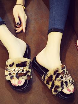 Rhinestone Chain Decor Leopard Print Fur Slippers
