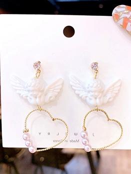 Cute Angel Love Shape Pearl Earrings