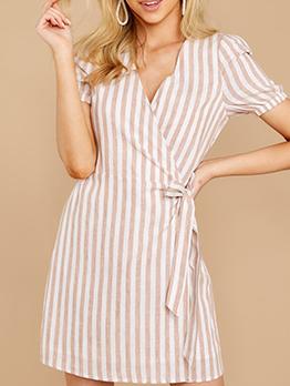 V Neck Tie-Wrap Striped Short Sleeve Casual Dresses