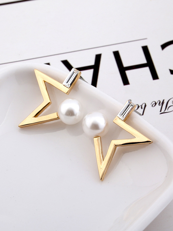 Chic Half Star Faux Pearl Stud Earrings