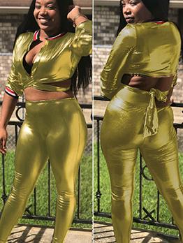 Trendy Specular Pu Golden Crop Top And Pants Set