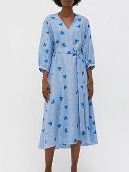 V Neck Heart Print Long Sleeve Midi Dress