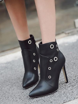 Round Hole Pointed Toe Black Winter Boots
