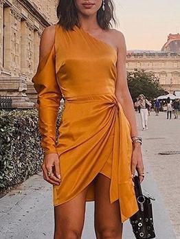 Inclined One Shoulder Solid Dresses Online