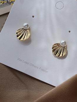 Chic Faux Pearl Shell Golden Earrings