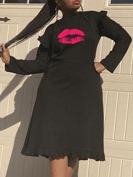 Lip Pattern StringySelvedgeLong Sleeve Dress