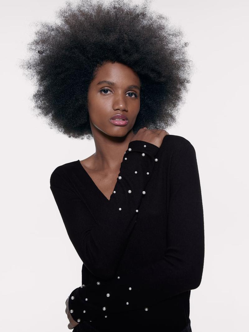 Solid Beading Sleeve V Neck Black Sweater