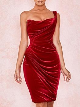 Fashion Sleeveless Red Velvet Dress For Women