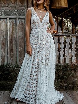 Sexy Deep v Sleeveless Evening Dresses