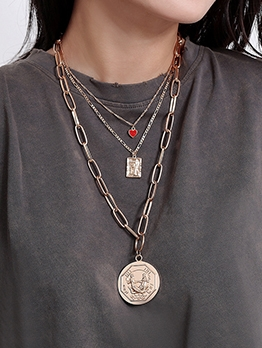 Retro Red Heart Relief Layered Necklace