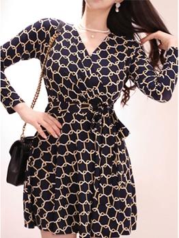 Fashionable Printed Binding Long Sleeve Dresses