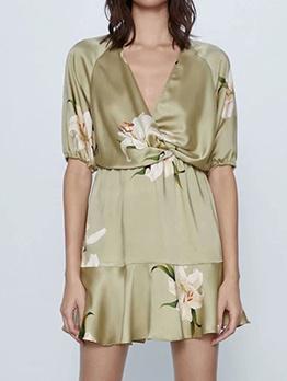 Deep v Neck Smart Waist Floral Dress