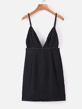 Deep v Neck Sleeveless Little Black Dress