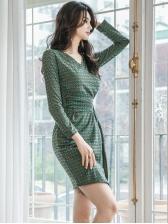 Geometric Printed v Neck Long Sleeve Bodycon Dress