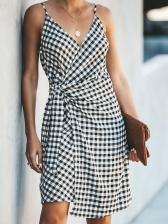 Seductive v Neck Plaid Sleeveless Wrap Dress