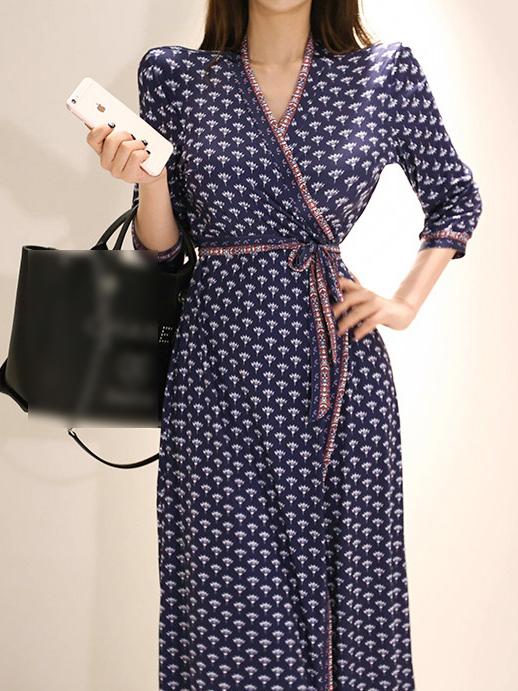 Vintage V Neck Printd Slit Wrap Midi Dress