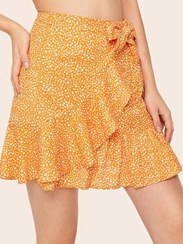 Dots Printed Tie-Wrap Ruffled Edge Short Skirt