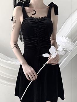Lace Detail Sleeveless Little Black Dress