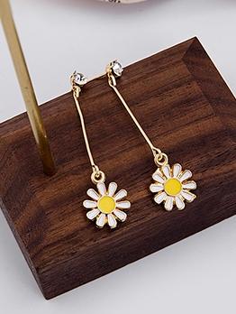 Easy Matching Rhinestone Daisy Long Earrings