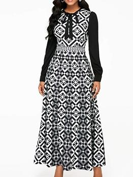 Geometrical Print Long Sleeve Plus Size Maxi Dress