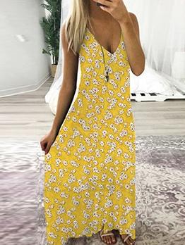 V Neck Daisy Printed Camisole Maxi Dresses