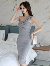 Graceful Solid Front Twisted Sleeveless Bodycon Dress