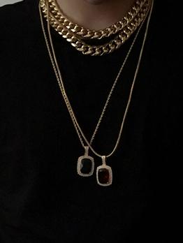 Fashionable Rhinestone Pendant Thick Chain Necklace