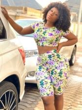 Fancy Floral Printed Crop Top And Skinny Short Pants