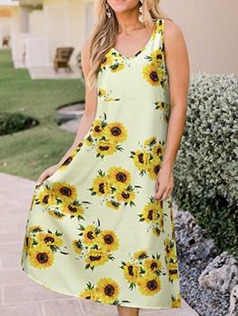 Euro v Neck Sunflower Pattern Midi Dress