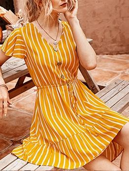 Smart Waist Short Sleeve Striped A-Line Dress