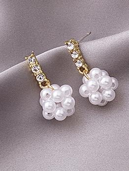 Faux Pearl Woven Rhinestone Short Earrings