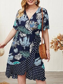 Plus Size Dots Printed Short Sleeve Dress