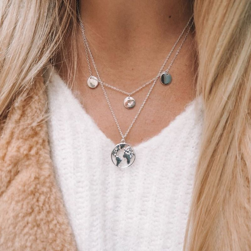 Fashion Round Pendants Layered Necklaces For Women