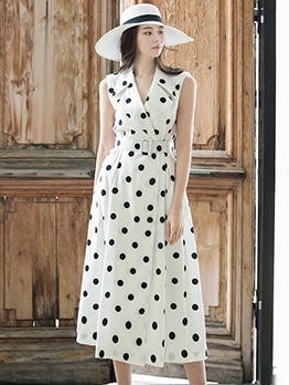 Notch Collar Polka Dots Sleeveless Midi Dress