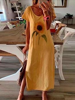 Sunflower Printed Side Slit Plus Size Maxi Dresses