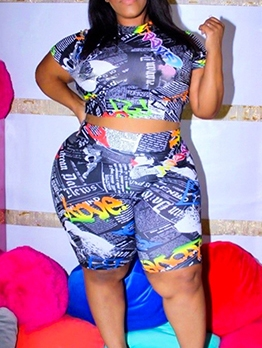 Newspaper Printed Cropped Plus Size Two Piece Sets