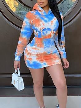Trendy Tie Dye Hooded Long Sleeve Dress