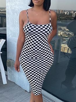 Stylish Plaid Sleeveless Knee Length Dress