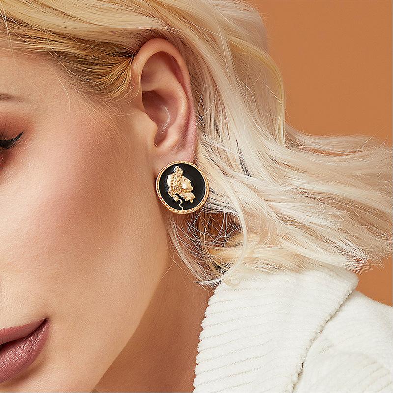 Creative Human Shape Button Stud Earring