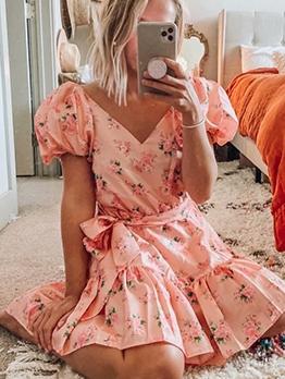 V Neck Puff Short Sleeve Floral Dress