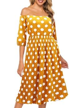 Boat Neck Yellow Dot Women Half Sleeve Dress