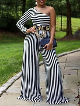 Inclined Shoulder Striped Wide Leg Plus Size Jumpsuits