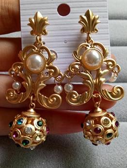 Vintage Hollow Out Faux Peal Rhinestone Earrings