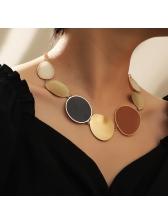 Fashion Geometry Round Choker Necklace