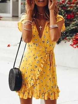 Ruffled Petal Sleeve Floral Summer Dresses