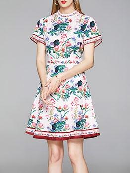 Mock Neck Vintage Print Short Sleeve Dress