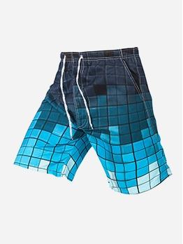 Gradient Color Plaid Beach Short Pants For Men