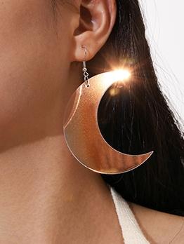 Birthday Present Crescent Moon Design Earrings