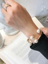 Faux-Pearl Geometric Fashion Ladies Bracelet