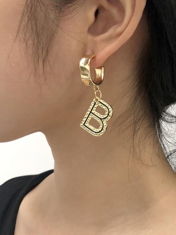 Stylish Design Letter Pendant Earrings
